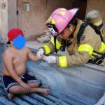 Niño derrama mercurio de un termómetro y lo atiende bomberos